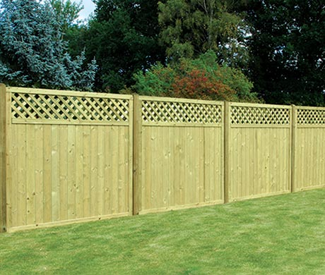 Fencing - tongue & groove lattice top