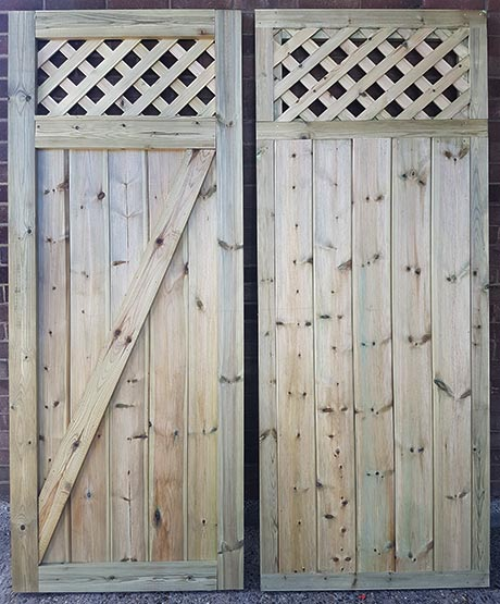 Timber double gate pair