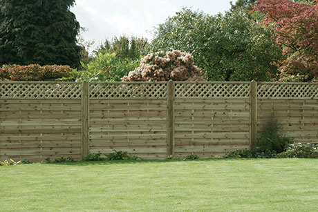 Horizontal lattice top fence panels